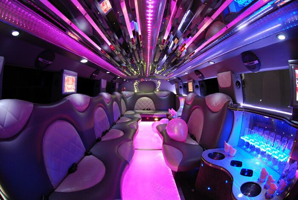 Cadillac Limo rentals in fort lauderdale