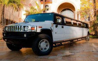 Hummer limo Hollywood