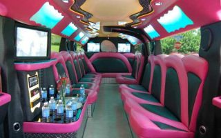 pink hummer limousine Miami